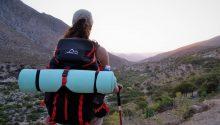 thumbnail_2b. Turista observando el valle del Ponio. Autor Jennifer Sepúveda S.